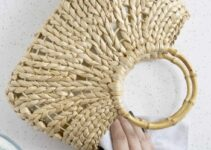 How to Clean Fabric and Straw Handbags
