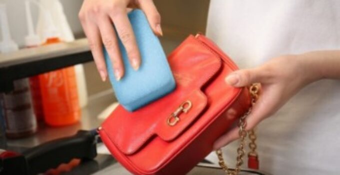 How To Remove Water Stain From Leather Purse